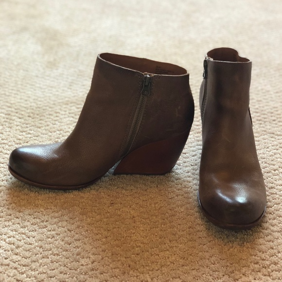 731a15f8c501 Kork-Ease Shoes - kork-ease • NATALYA bootie in tan leather